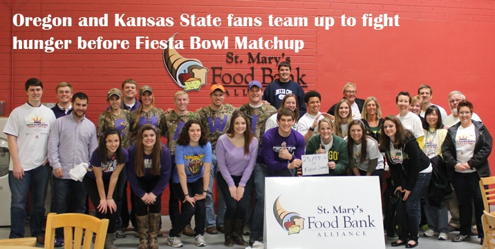 Oregon, Kansas State fans team up to fight hunger before Fiesta Bowl